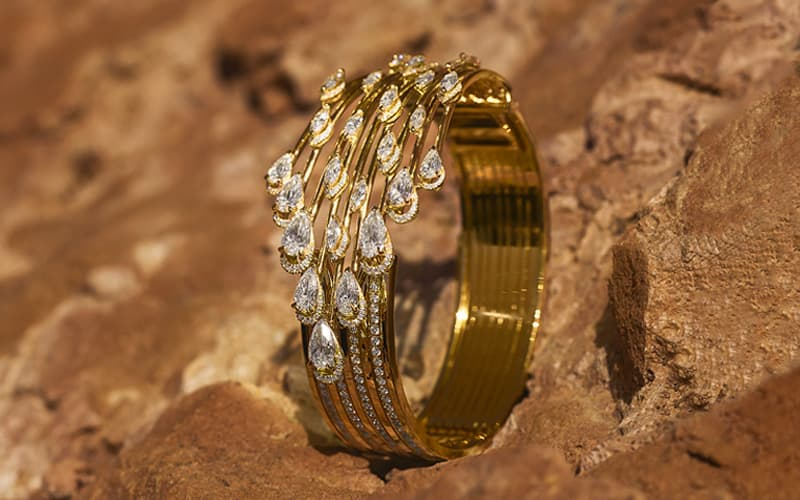 Luxury Jewelry: Discover Messika's jewelry universe | Messika